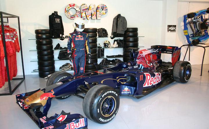 F1 Scuderia Toro Rosso